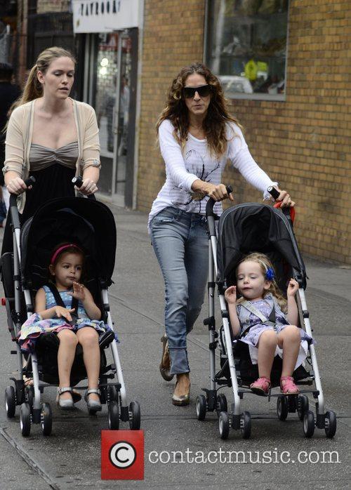 Sarah Jessica Parker  walking her daughters Tabitha...