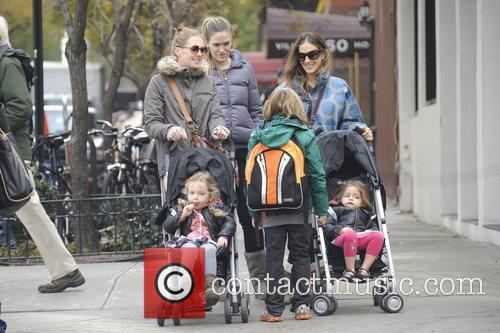 Sarah Jessica Parker, James Wilkie, Tabitha, Marion and Manhattan 8