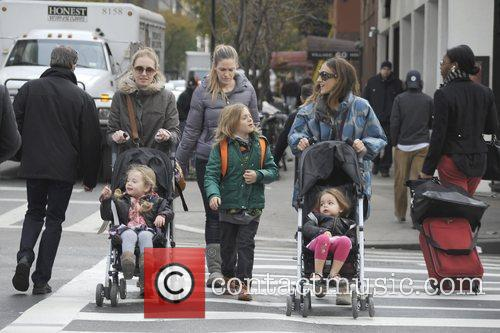Sarah Jessica Parker, James Wilkie, Tabitha, Marion and Manhattan 1