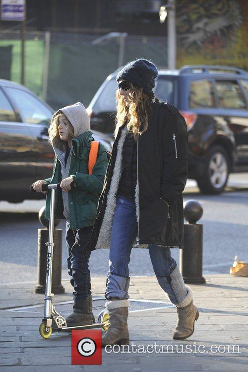 sarah jessica parker takes her son james 5957189