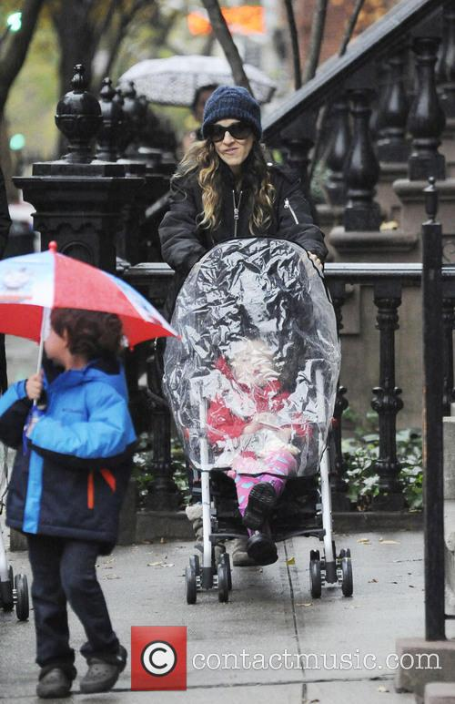 Sarah Jessica Parker taking her daughters Tabitha and...
