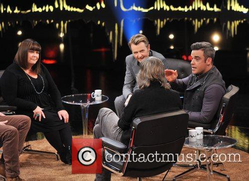 Dawn French, Fredrik Skavlan and Robbie Williams 3