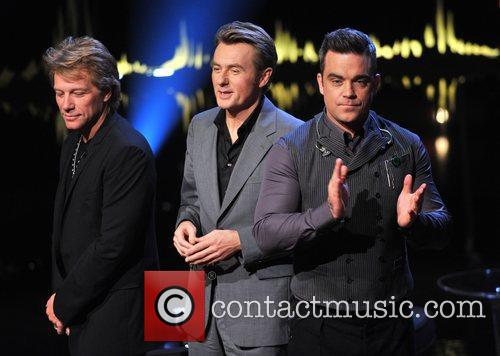 Jon Bon Jovi, Fredrik Skavlan and Robbie Williams 8