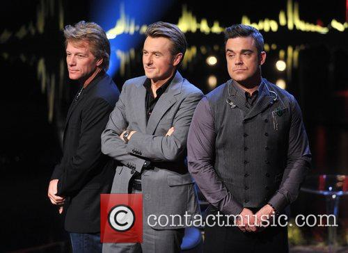 Jon Bon Jovi, Fredrik Skavlan and Robbie Williams 11