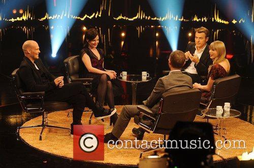 Freddie Ljungberg, Elizabeth Mcgovern, Fredrik Skavlan and Taylor Swift 7