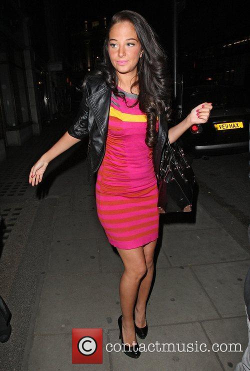 tulisa contostavlos leaving sketch after dining with 3696634