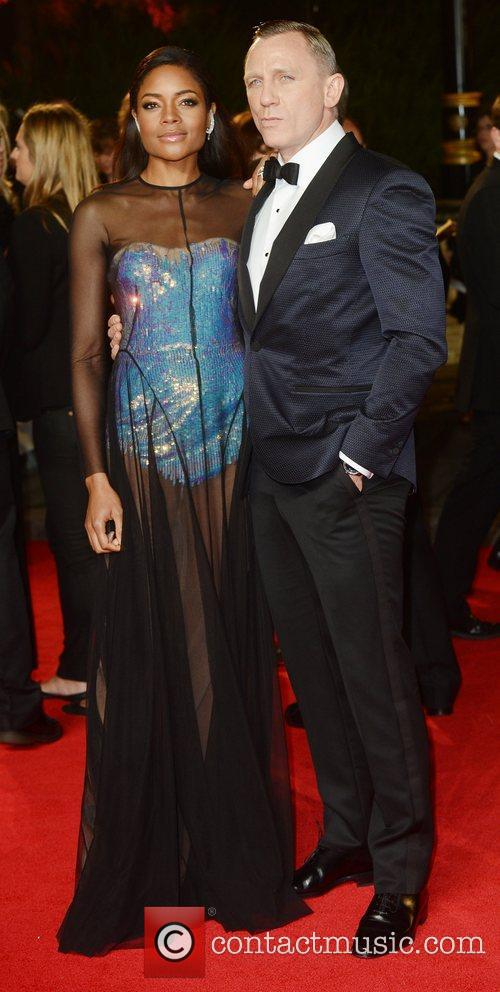 daniel craig and naomie harris at the 5939610
