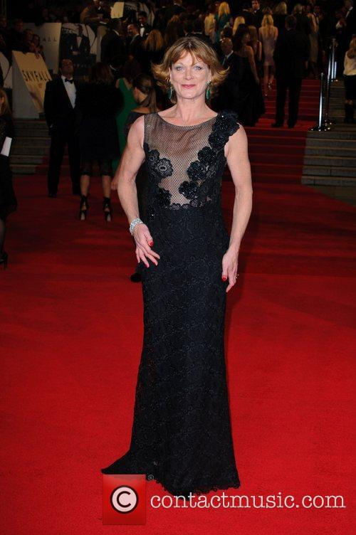Samantha Bond 6