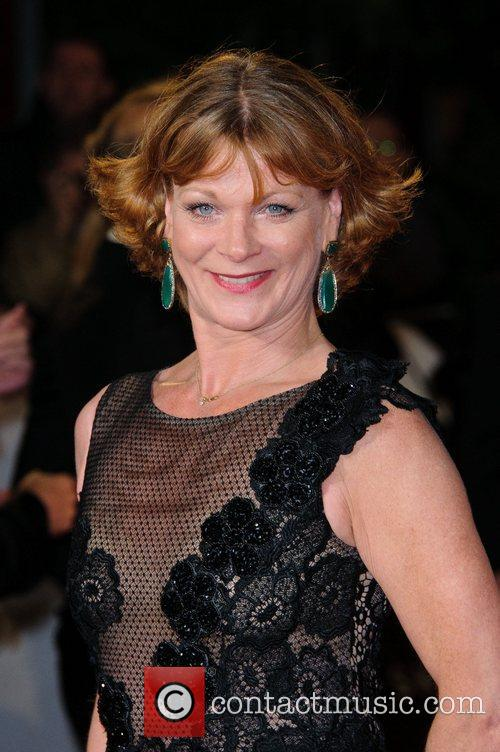 Samantha Bond 7