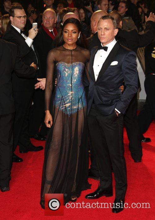 Naomie Harris and Daniel Craig 4