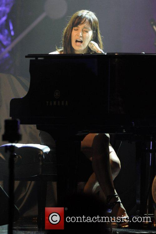 Chantal Kreviazuk 3