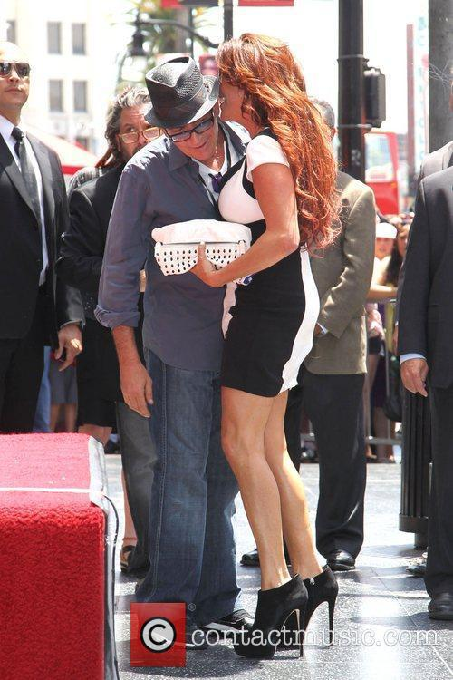 Charlie Sheen, Perla Hudson Slash honored with a...