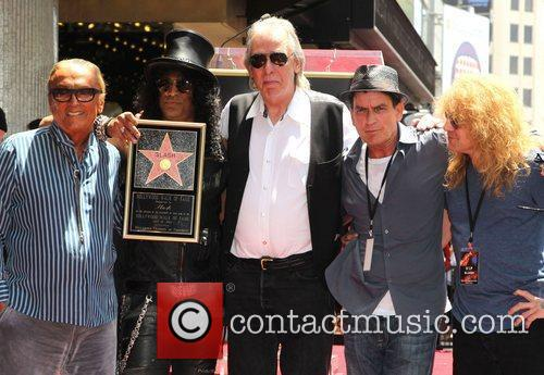 Robert Evans, Charlie Sheen, Jim Ladd, Slash and Steven Adler 3