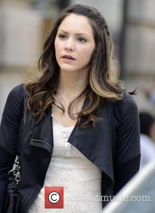 katharine mcphee on the set of new 4080777