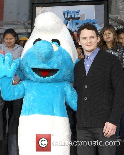 clumsy smurf anton yelchin the smurfs historic 5769786