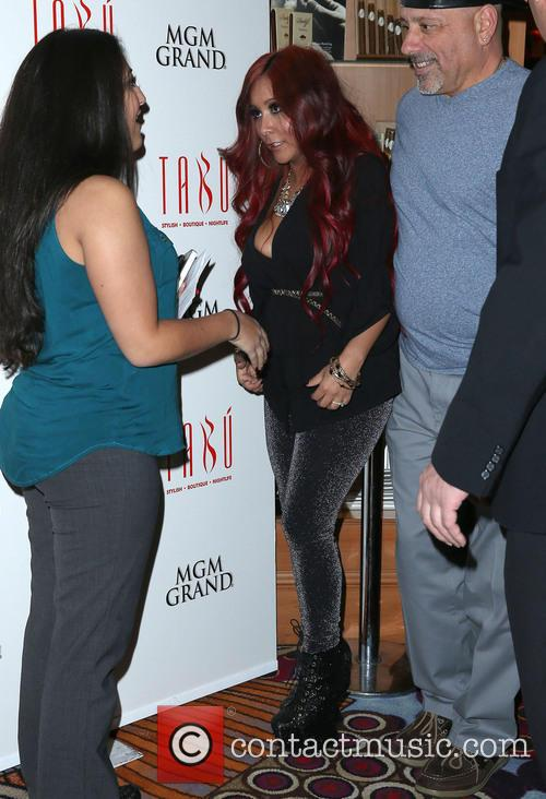 Nicole, Snooki' Polizzi and Tabu Ultra Lounge 3