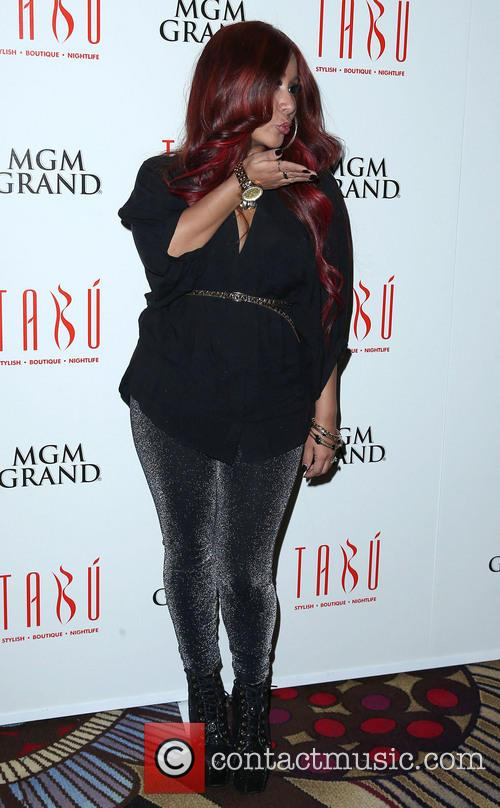Nicole, Snooki' Polizzi and Tabu Ultra Lounge 9