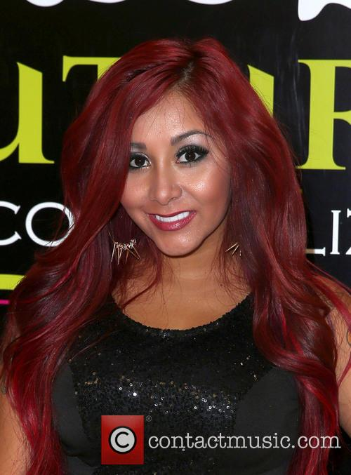 Nicole Polizzi and Snooki 9