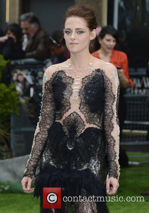 Kristen Stewart 24