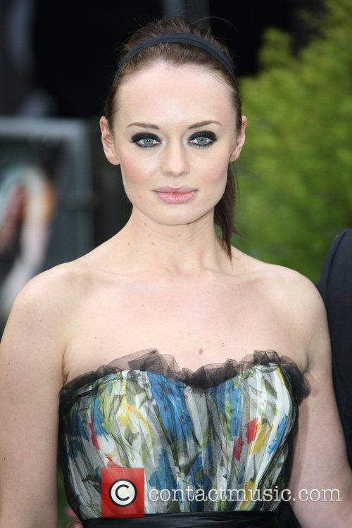 laura haddock world premiere of snow white 5843351