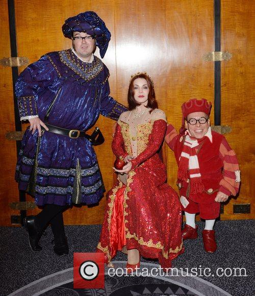 Jarred Christmas, Priscilla Presley and Warwick Davis 7