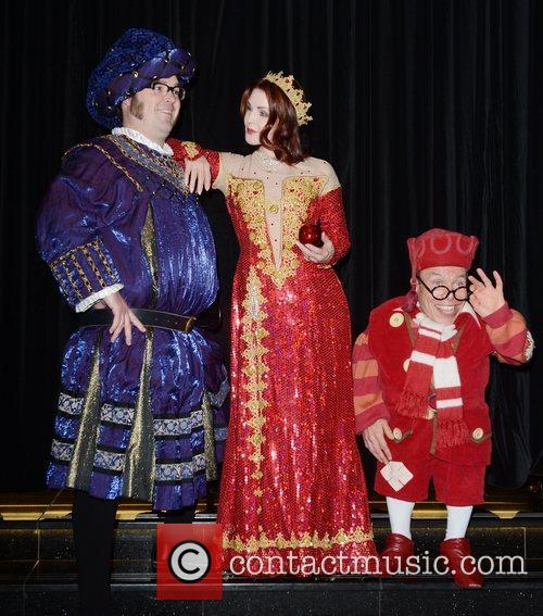 Jarred Christmas, Priscilla Presley and Warwick Davis 11