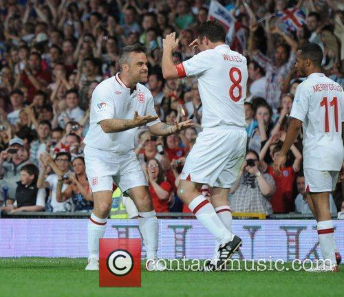 Robbie Williams and Jonathan Wilkes  Soccer Aid...