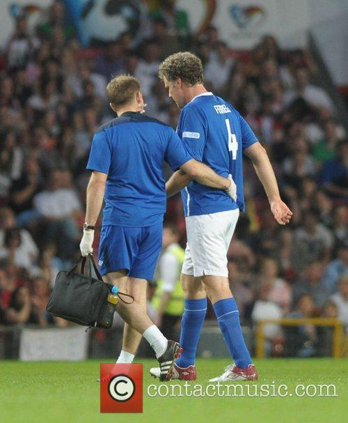 Well Ferrell injured  Soccer Aid 2012 in...