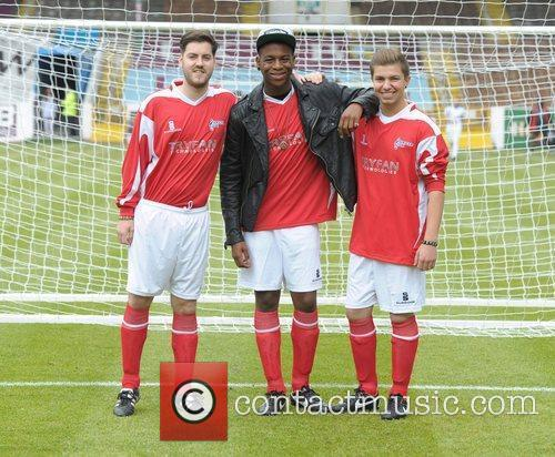 The Loveable Rogues Celebrity Soccer Six - Burnley...