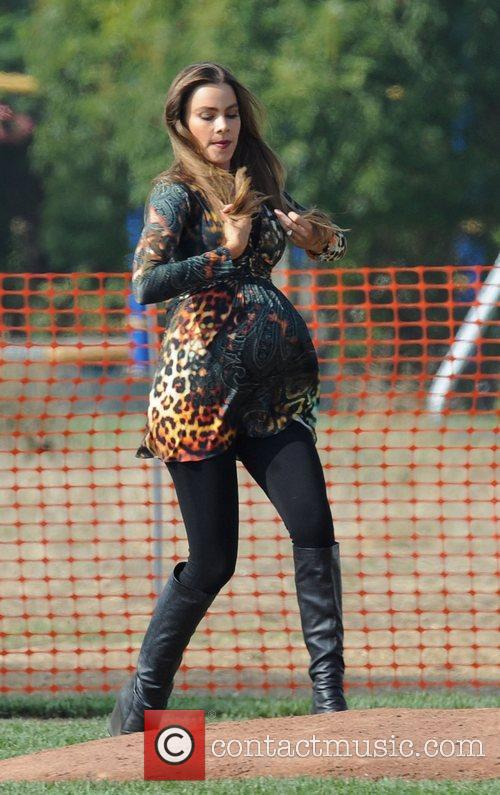 Sofia Vergara films a scene for ABC's 'Modern...