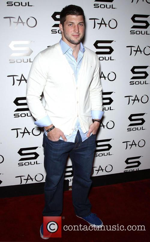 tim tebow official soul headphones party hosted 20052680