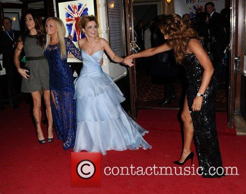 Mel B, Geri Halliwell, Emma Bunton, Mel C, Viva Forever, Piccadilly Theatre, London and England 3