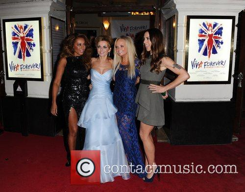 Mel B, Geri Halliwell, Emma Bunton, Mel C, Viva Forever, Piccadilly Theatre, London and England 4