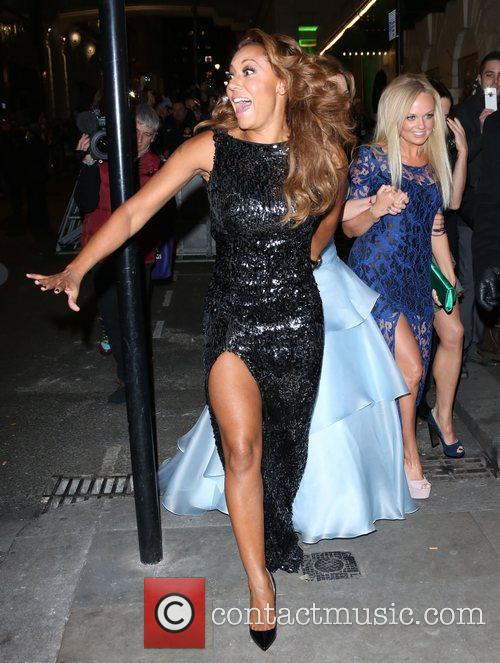 Melanie Brown, Mel B, Geri Halliwell and Emma Bunton 4