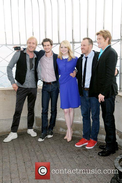 Rhys Ifans, Andrew Garfield, Denis Leary, Emma Stone and Marc Webb 2