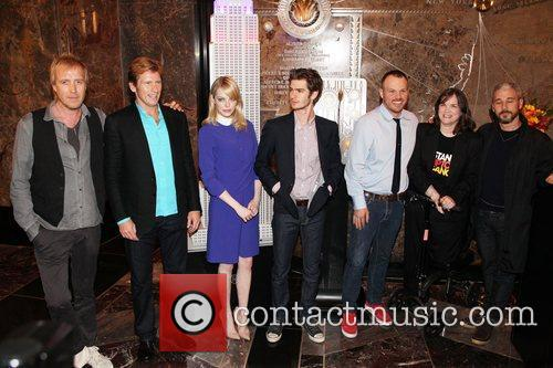 Rhys Ifans, Andrew Garfield, Denis Leary, Emma Stone and Marc Webb 1