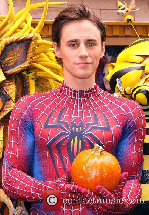 reeve carney spider man turn off the dark 4145790