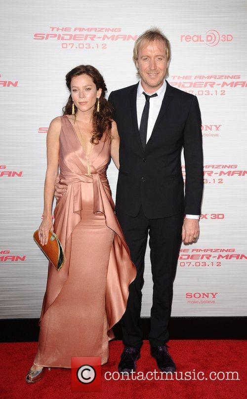Rhys Ifans and Anna Friel 2