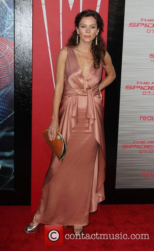 anna friel los angeles premiere of the 3969401
