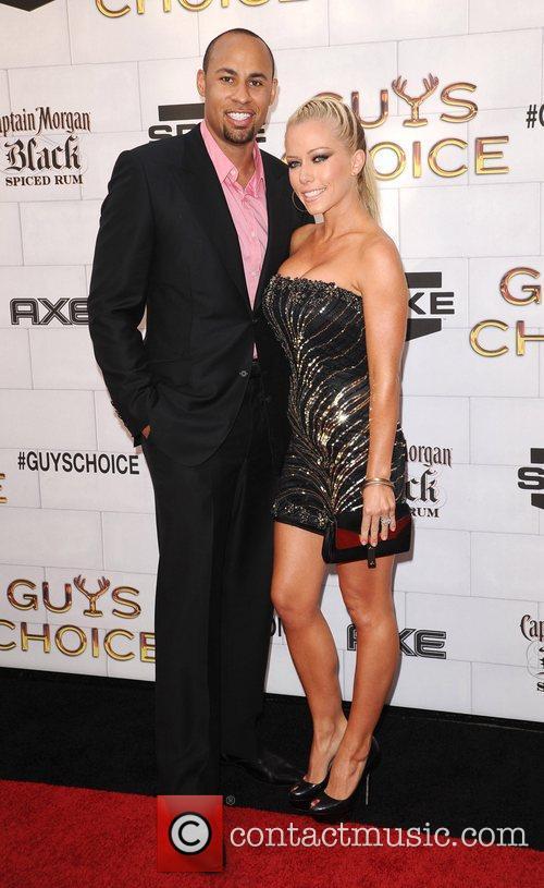 Kendra Wilkinson and Hank Baskett 2