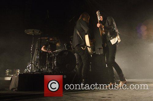 Band of Skulls 5