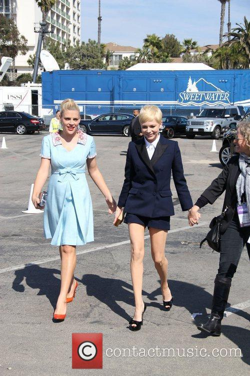 Busy Philipps, Michelle Williams and Independent Spirit Awards 1