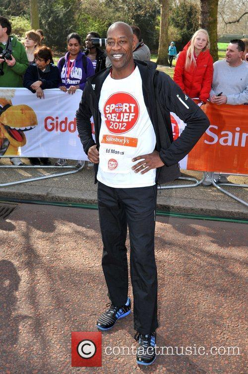 Edwin Moses Sainsbury's Sport Relief Mile 2012 -...