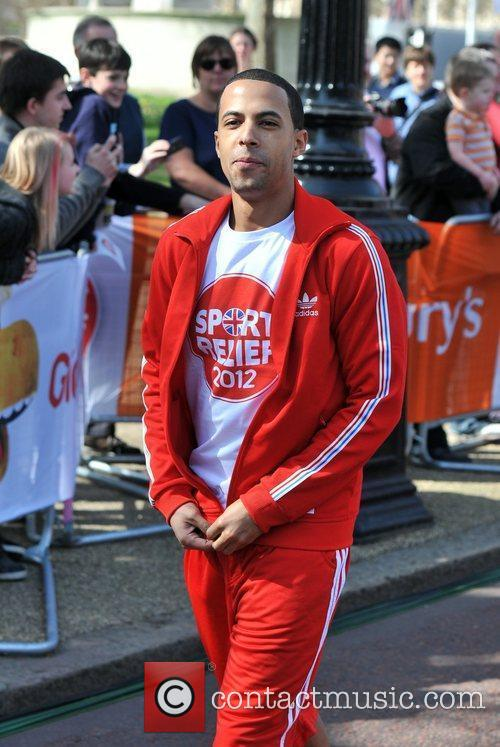 Marvin Humes Sainsbury's Sport Relief Mile 2012 -...