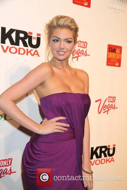 Kate Upton and Caesars Palace 6