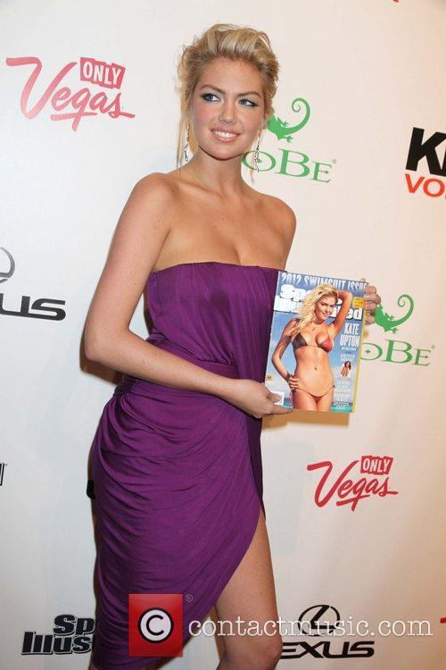 Kate Upton and Caesars Palace 1