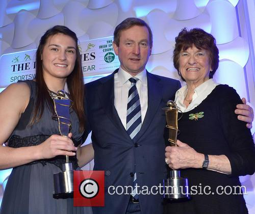 Katie Taylor, Enda Kenny and Maeve Kyle 2