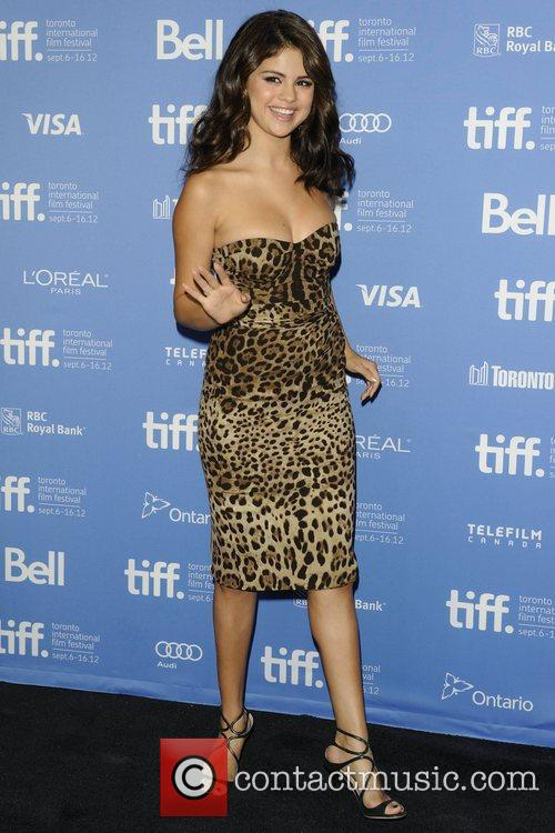 Selena Gomez, Ashley Benson, Harmony Korine, Rachel Korine, Vanessa Hudgens