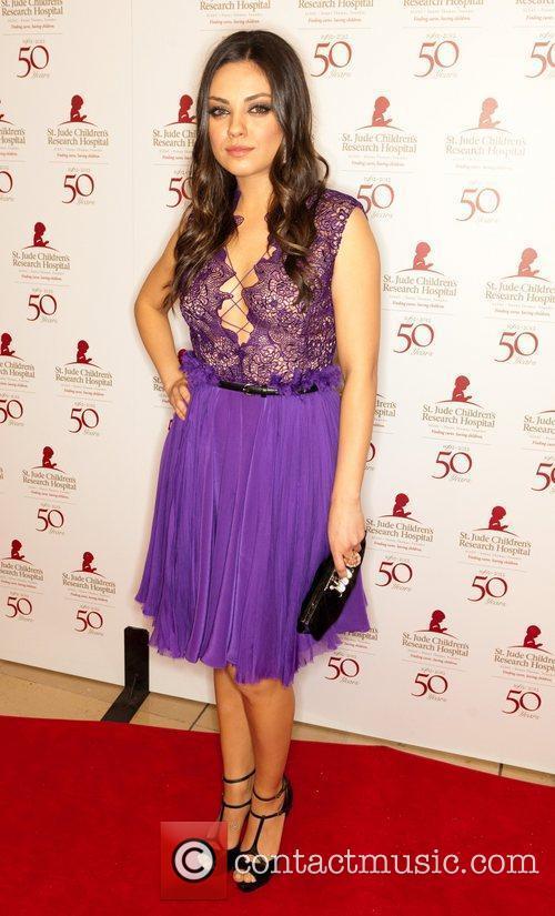 Mila Kunis and Beverly Hilton Hotel 3