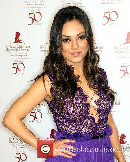 Mila Kunis and Beverly Hilton Hotel 6